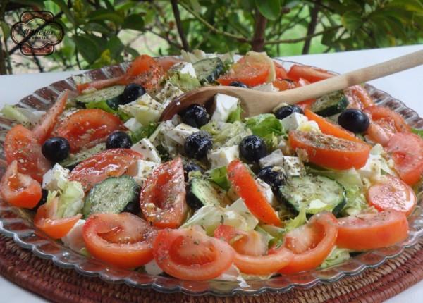 Ensalada griega de queso feta 1