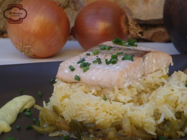 Arroz con salmón y base de verduras 2